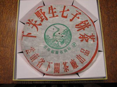"Логотип ""Белый Журавль"" на упаковке бин ча"